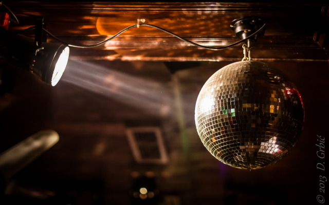Jedna na dan (3-155), 2. decembar 2013: Roadhouse disco
