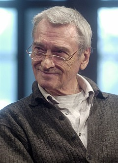 In memoriam: Dragan Babić (1937 – 2013)