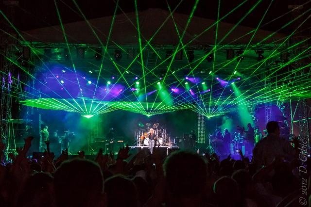 Jedna na dan, 25. avgust 2012: Omega u Novom Bečeju, pred kraj koncerta