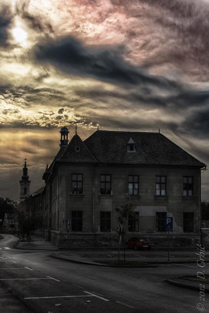 Jedna na dan, 8. oktobar 2012: stara kuća je škola...