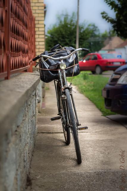 Jedna na dan, 9. jul 2013: Bicikl uza zid