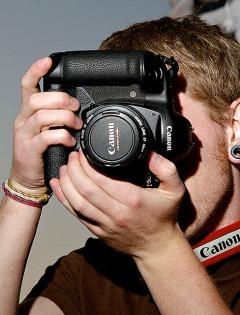 Upravo se uspostavlja negativni trend ophođenja prema reporterskoj fotografiji. To je poslednja preostala socijalna devalvacija.