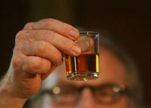 """""""Aj' pa živeli"""", reče ludak i popi šesto različito piće u poslednja dva sata..."""