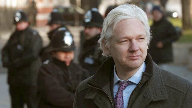 Assange: Persona non grata No. 1 u političkom establišmentu Trećeg kamena od Sunca