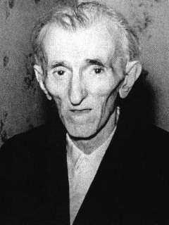 Nikola Tesla: čovek čija obrtna polja se ne okreću onoliko koliko se on okreće u grobu.