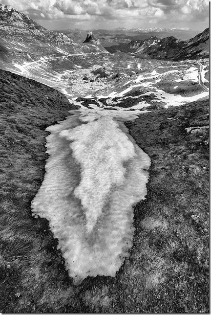 Iznad Valovitog jezera