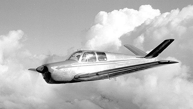 Taj avion je izgledao, otprilike, ovako.